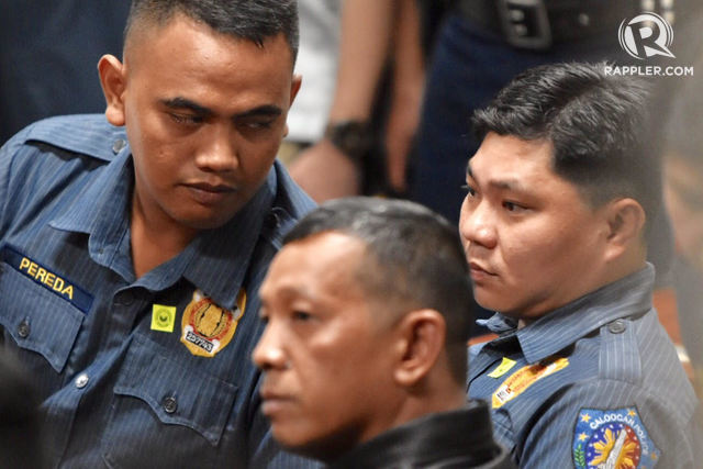 CALOOCAN COPS. (Left to right) Police Officer 1 Jeremias Pereda, Police Officer 1 Jerwin Cruz, and Police Officer 3 Arnel Oares attend the Senate probe into the killing of Kian delos Santos on August 24, 2017. File photo by LeAnne Jazul/Rappler