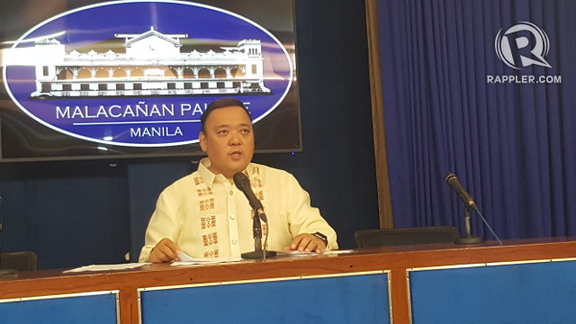 PRESSING ISSUES. Presidential Spokesman Harry Roque takes queries from the media. Photo by Pia Ranada/Rappler