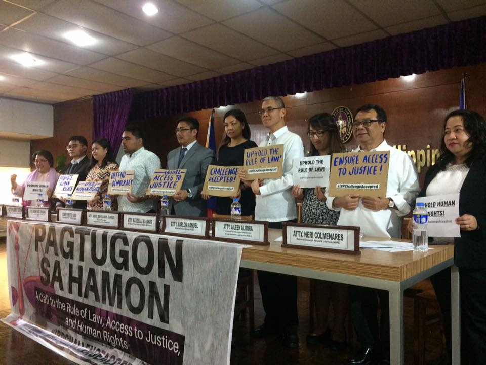 LAWYERS FOR HUMAN RIGHTS. The Integrated Bar of the Philippines (IBP) with other law groups launch on November 20, 2017, their Human Rights Summit meant to capacitate other sectors and communities to fight human rights violations in the government's war on drugs. Photo by Lian Buan/Rappler