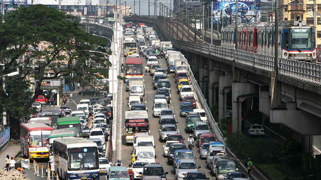 HEAVY TRAFFIC. Traffic congestion is part of the daily suffering of Filipino commuters.