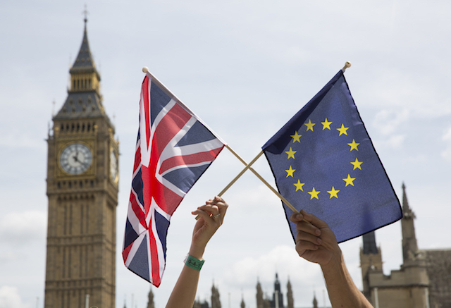 Tetap atau keluar dari Uni Eropa? Inggris menentukan pilihannya pada 23 Juni 2016. Foto oleh Hayoung Jeon/EPA