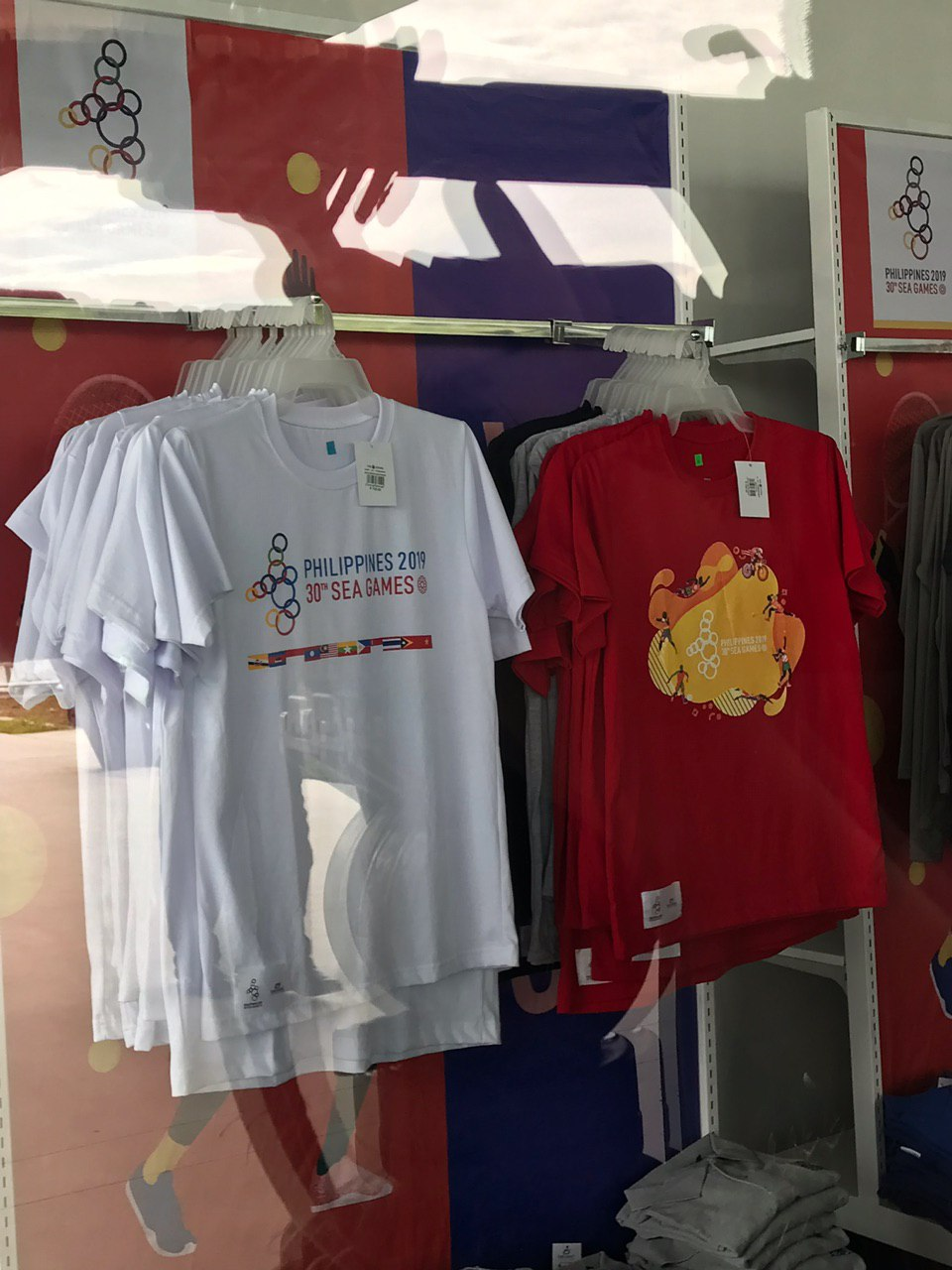 UP CLOSE. These are the white and red designs of the cotton shirts. Photo by Beatrice Go/Rappler