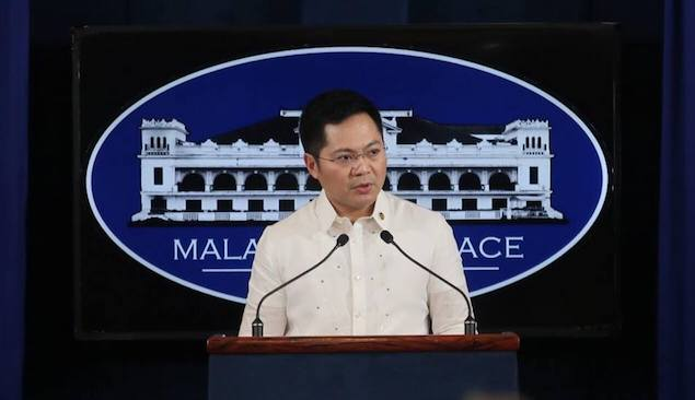 PALACE SIDE. Cabinet Secretary Karlo Nograles takes questions from the media. Photo from Karlo Nograles Facebook page