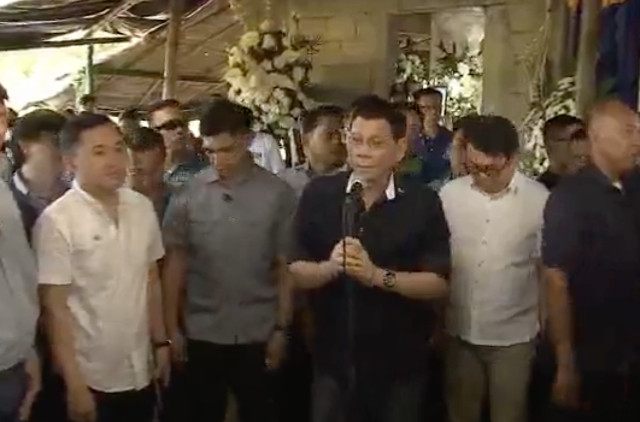 MEDIA INTERVIEW. President Rodrigo Duterte answers questions from the media in Iloilo on February 22, 2018. RTVM screenshot
