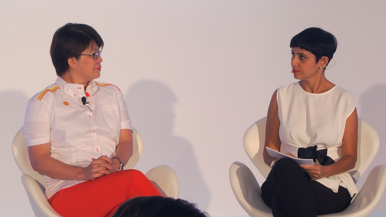 Goh Swee Chen, Chairman, Shell Companies in Singapore and Vice President, City Solutions u2013 New Energies and host, Anita Kapoor