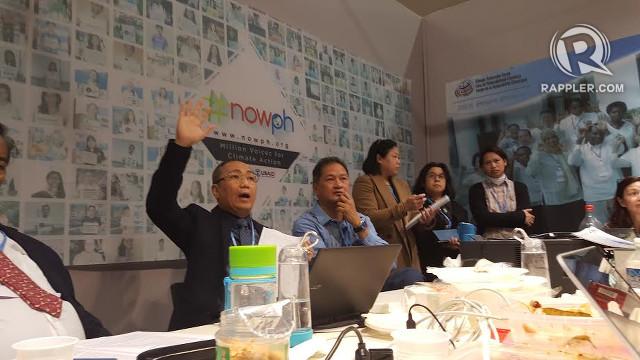 PH NEGOTIATORS. Head of delegation Manny de Guzman addresses Philippine negotiators. All photos by Pia Ranada/Rappler