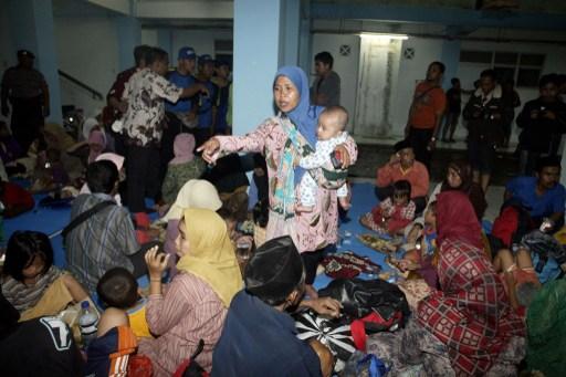 Para pengungsi syiah di rumah susun Jemundo, Sidoarjo. Foto oleh ADEK BERRYADEK BERRY / AFP