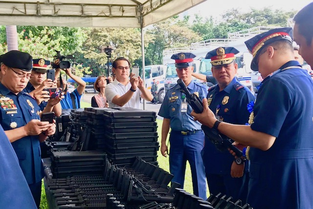 MORE FIREPOWER. Police generals inspect newly purchased weapons. Sourced photo