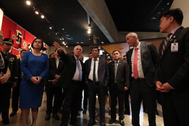 REMEMBERING HOLOCAUST VICTIMS. President Rodrigo Duterte, accompanied by daughter Sara Duterte Carpio and some Cabinet members, visits Yad Vashem, Holocaust memorial center in Israel. Malacau00f1ang photo