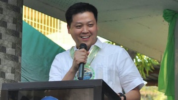 CLEARED. Valenzuela mayor Rex Gatchalian is cleared of administrative charges over the deadly Kentex fire in 2015