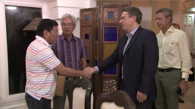 GERMAN ENVOY. German Ambassador Thomas Ossowski visits Philippine President-elect Rodrigo Duterte in Davao City on June 13, 2016. Screen grab from RTVM