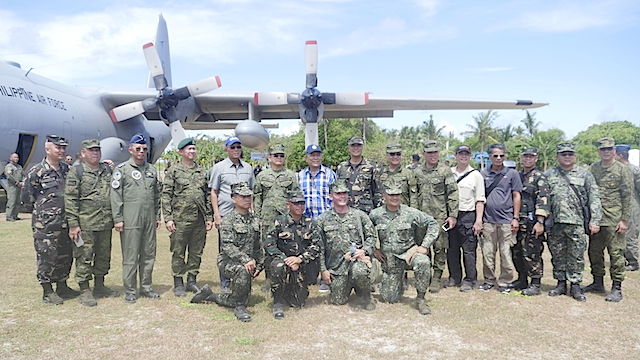TOP BRASS. Defense Secretary Delfin Lorenzana and the top officers of the Philippine military visit Pag-Asa Island on April 21, 2017. Rappler photo