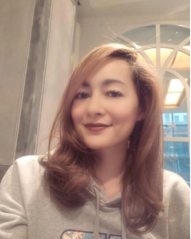 PERCERAIAN. Aktris Dewi Rezer menyebut tindak kekerasan fisik bukan alasan dia meminta cerai dari suaminya, Marcelino Lefrandt. Foto dari akun instagram @rezerdewi