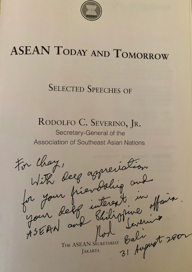 MEMENTO. Ambassador Severino's short dedication in his book. Photo by Chay Hofileu00f1a/Rappler