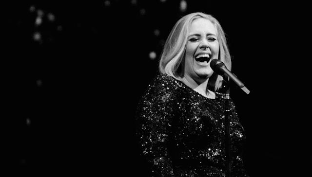 Foto dari akun instagram Adele.