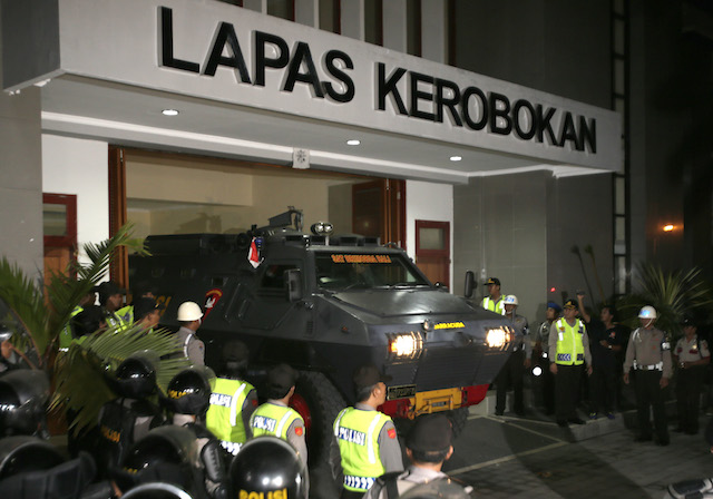 TRANSFER. An Indonesian armoured police vehicle transporting the death-row Australian prisoners Andrew Chan and Myuran Sukumaran to Nusakambangan Prison is seen leaving the Kerobokan Prison in Denpasar, Bali, on March 4, 2015. Photo by Made Nagi/EPA