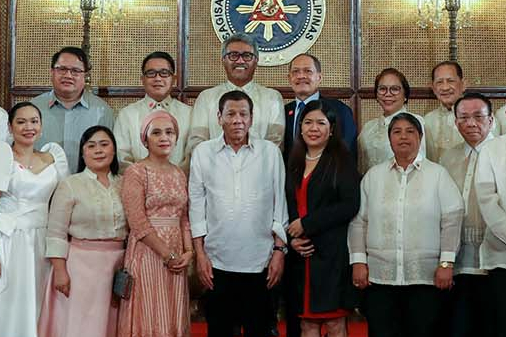 OATH-TAKING. Former chief justice Lucas Bersamin (far right) took his oath before the President, along other newly appointed officials on February 6, 2020. Malacanang photo