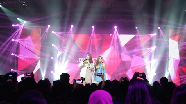 X FACTOR. Penampilan spesial dari pemenang X-Factor Indonesia Season 2, Jebe u0026 Petty. Foto oleh Sakinah Ummu Haniy