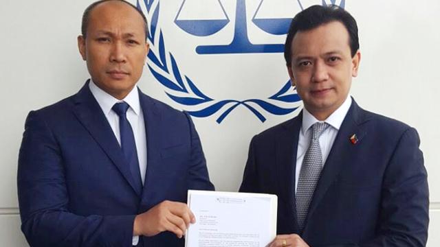 URGE. The two legislators urge the Office of the Prosecutor to hold President Rodrigo Duterte accountable.
