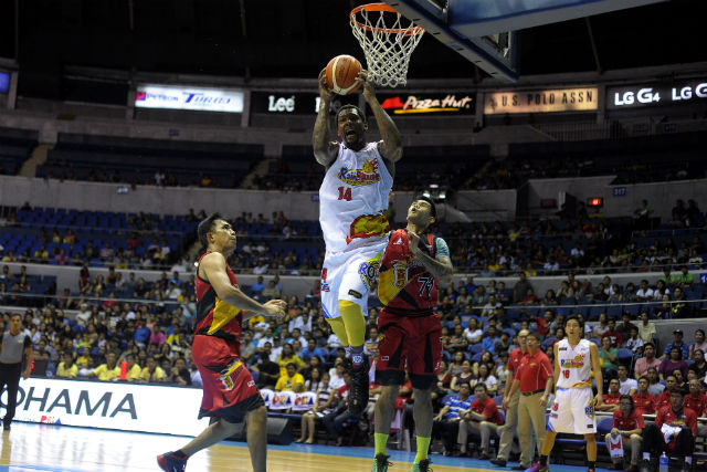 UNSTOPPABLE. Wendell McKines played his best ever game in Rain or Shine's win. Photo from PBA Images