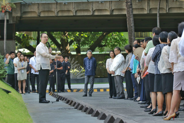 HALF-HOUR SPEECH. Speaking to career diplomats, Philippine Foreign Secretary Alan Peter Cayetano delivers a 37-minute speech about diplomacy and the West Philippine Sea on May 28, 2018. Photo courtesy of MJ Roldan/DFA