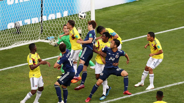 MENANG. Gol kedua yang dicetak oleh Yuya Osako ke gawang David Ospina memastikan kemenangan Jepang atas Kolombia. Foto dari FIFA.com
