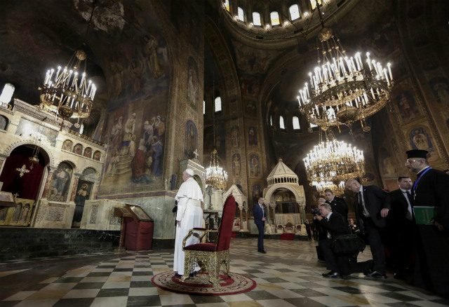 PRAYER. Pope Francis stands before the throne of Saint Cyril and Methodius at Alexander Nevski Cathedral in Sofia on May 5, 2019.u00c2u00a0Photo by Yara Nardi/POOL/AFP