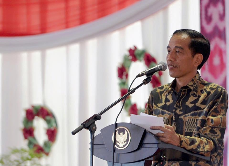Presiden Jokowi mencanangkan program Revolusi Mental yang harus kita dukung bersama. Foto dari Facebook