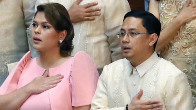 PRESIDENTIAL IN-LAW. Lawyer Manases Carpio (right) with wife, Davao City Mayor Sara Duterte Carpio. Malacau00f1ang file photo