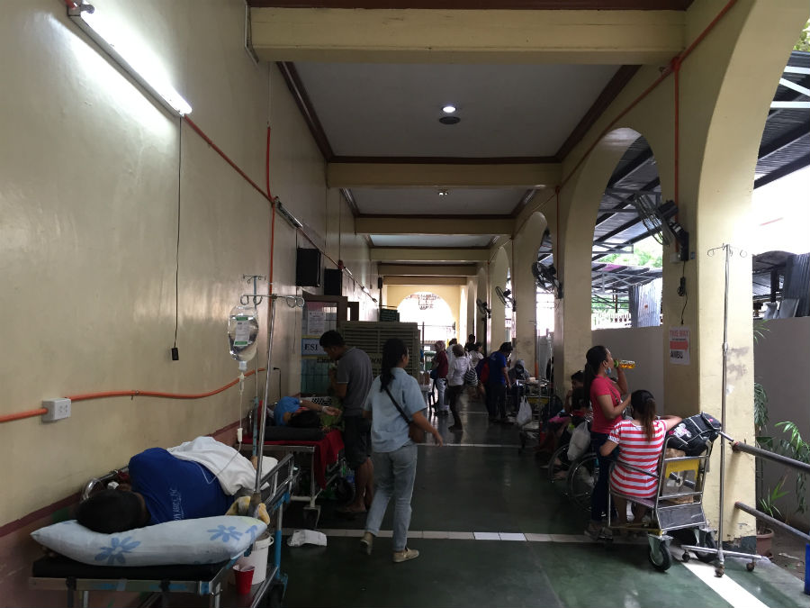 HEALTH SERVICES. Health care networks will be managed by province and city under the new Universal Health Care Law. File photo by Sofia Tomacruz/Rappler