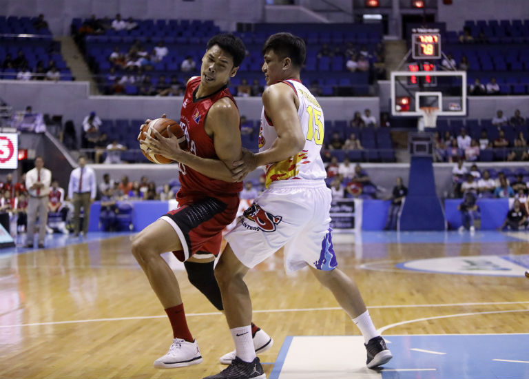 TAKING CHARGE. Japeth Aguilar's double-double powers Barangay Ginebra into the semifinals of the 2018 PBA Philippine Cup. Photo by PBA Images