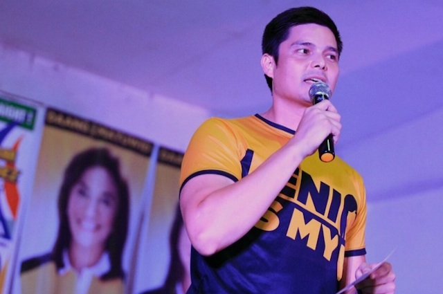 CELEBRITY ENDORSER. Actor Dingdong Dantes campaigns for Leni Robredo in Montalban on April 23, 2016. His shirt says, 'Leni is my VP.' Photo from Leni Robredo's Twitter page