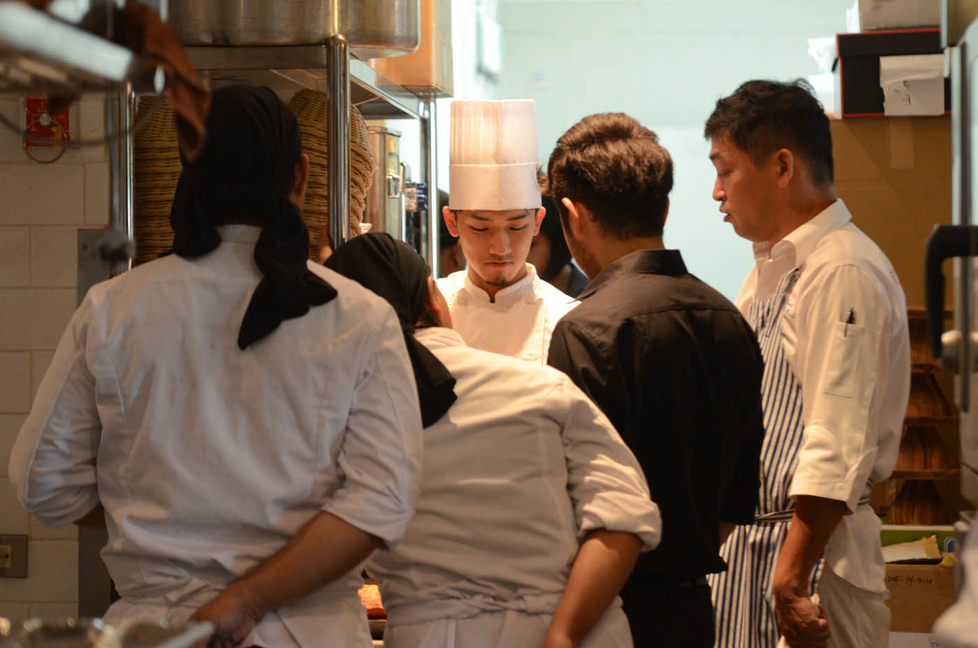 IN FULL FORCE. The local kitchen staff is being trained by Japanese chefs to ensure only the best dishes for Metro Manila customers