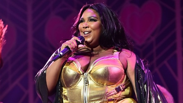 GRAMMY LEADER. American pop star Lizzo is taking Grammy nominations by storm with 8, including nods in all 4 categories. Photo by Theo Wargo/Getty Images North America/AFP
