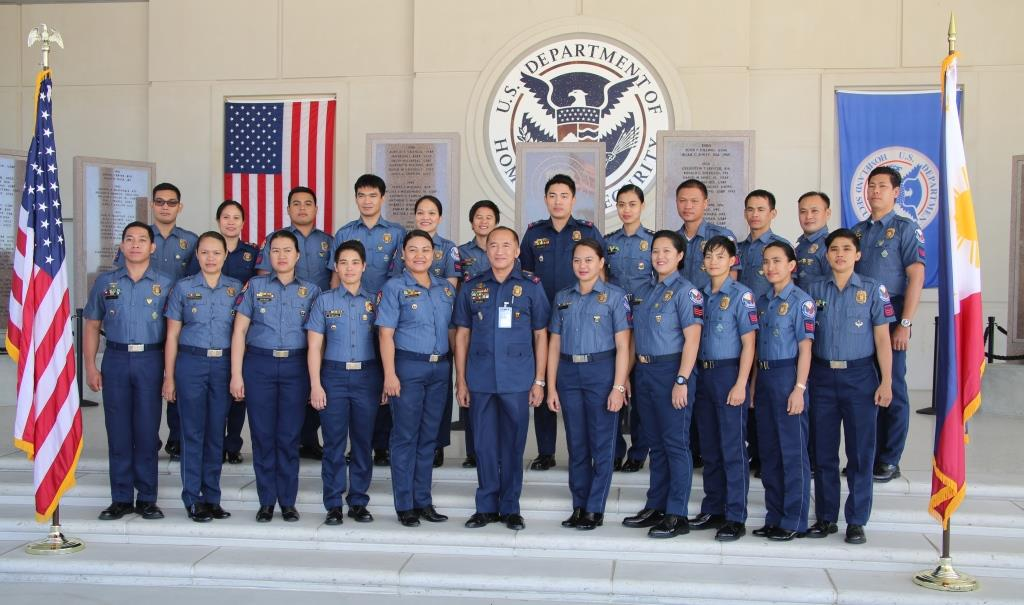 FIRST ASIAN UNIT. The Philippine Transnational Criminal Investigation Unit takes a class photo. Photo from the US Embassy in the Philippines