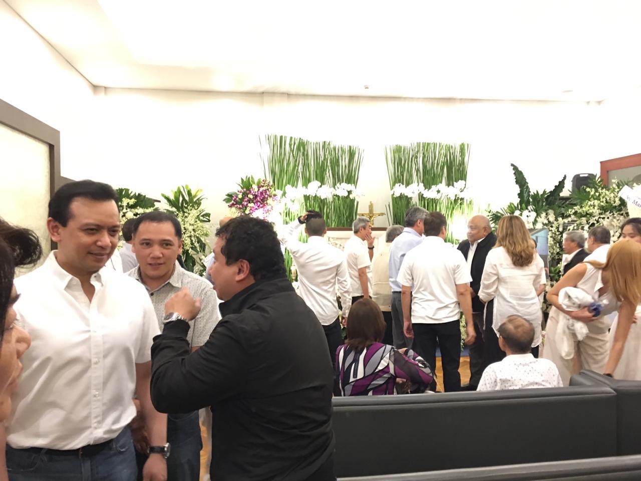 AWKWARD? Senator Antonio Trillanes IV in the same room as Executive Secretary Salvador Medialdea (right) and Finance Secretary Carlos Dominguez III (not in photo). Photo by Ralf Rivas/Rappler