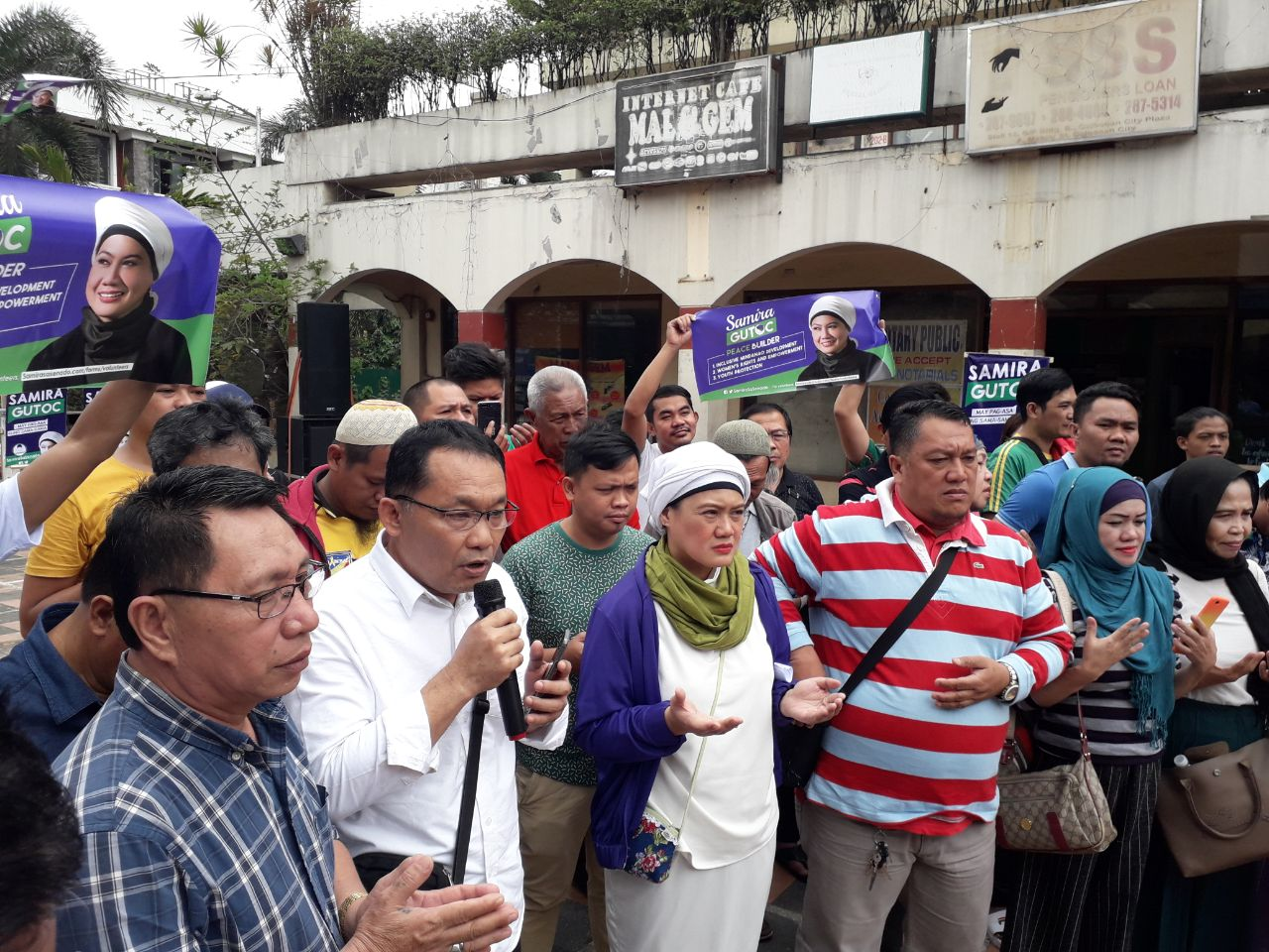 OTSO DIRETSO. Mindanaoan candidate Samira Gutoc kicks off the Otso Diretso campaign with a prayer rally in Caloocan City on February 12, 2019. Photo by Lian Buan/Rappler