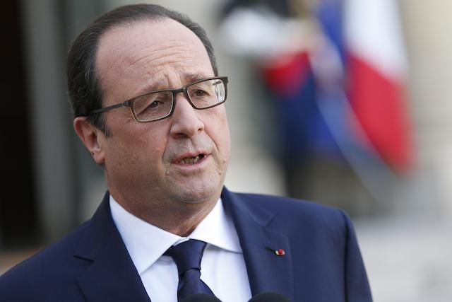 SERANGAN PARIS. Presiden PPerancis Francois Hollande menyalahkan ISIS sebagai otak serangan Paris. Foto oleh Yoan Valat/EPA