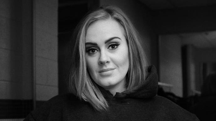 DIVORCING. Adele filed the court documents for divorce from Simon Konecki on Thursday, September 12. Photo from Adele's Instagram account