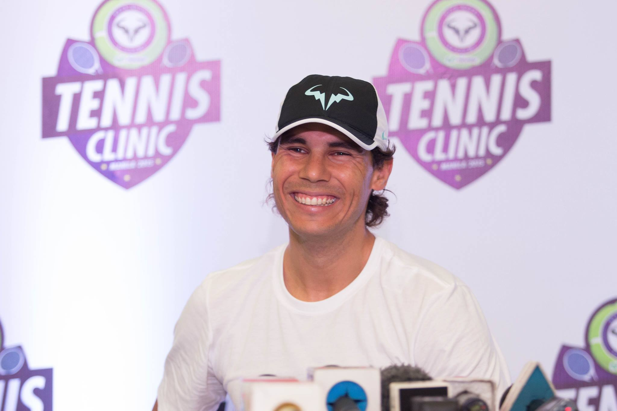 NADAL IN MANILA. Rafa Nadal is all smiles despite arriving in the Philippines late the night before. Photo by Ena Terol/Rappler