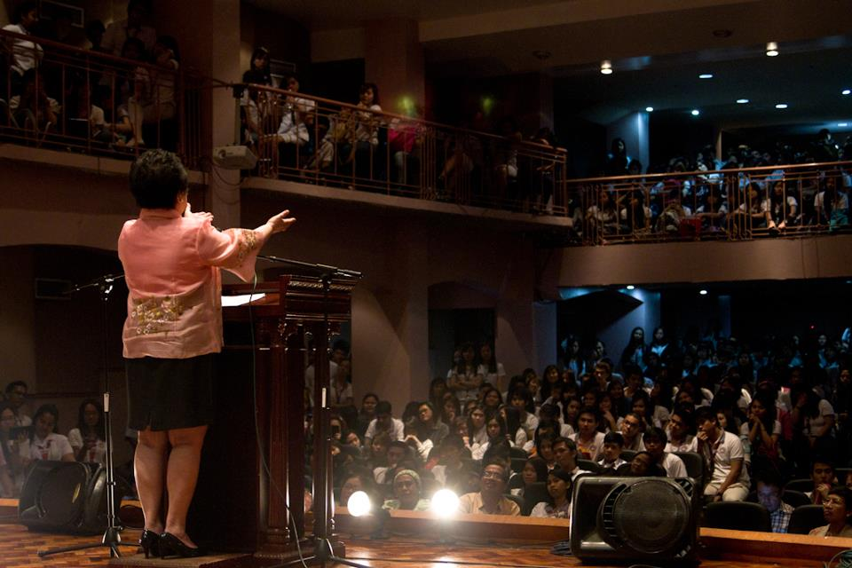 CROWD FAVORITE. The senator loves speaking before young audiences, and is a frequent guest in university fora and lectures. File photo from Santiago's Facebook page