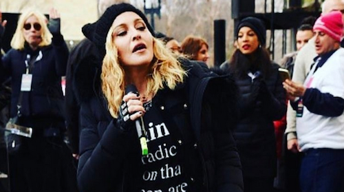 Foto dari akun Instagram Madonna.