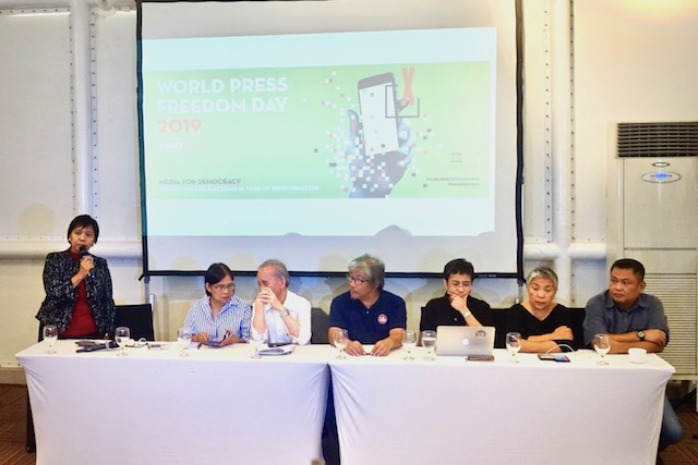 PANEL DISCUSSION. Veteran journalists gather to evaluate the state of press freedom under the Duterte administration. Photo by Rambo Talabong/Rappler