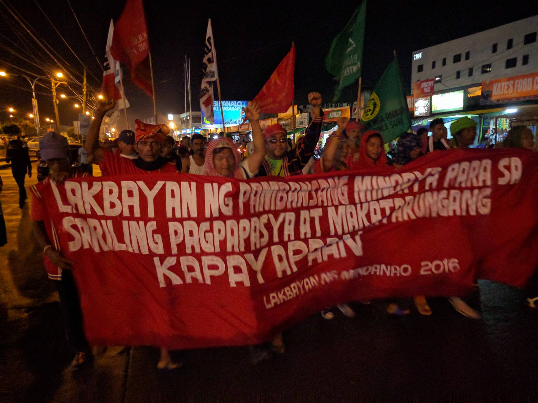 RIGHT TO SELF-DETERMINATION. On the 100th day of the Duterte administration, Moro and indigenous peoples from communities all over the country march to Manila to assert their right to self-determination. Photo from Lakbayan ng Pambansang Minorya's Facebook page