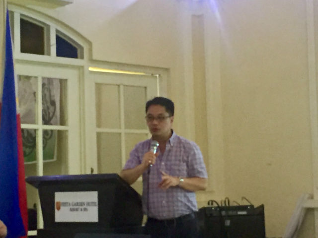 DENGVAXIA SCARE. DOH Undersecretary Enrique Domingo says less kids are getting vaccinated after the Dengvaxia scare. Photo by Sofia Tomacruz/Rappler