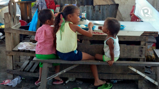 NUTRITION. Child malnutrition has been a problem among several Filipino households for years, official statistics show. File photo by Fritzie Rodriguez/Rappler