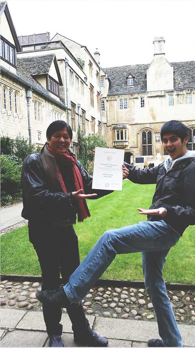 LOOK. Senator Bongbong Marcos and his son display his 'special diploma'