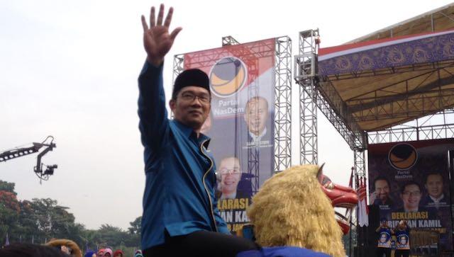 Ridwan Kamil saat menghadiri Deklarasi Cagub Jabar oleh Partai Nasdem di Monumen Bandung Lautan Api Lapangan Tegalega Kota Bandung, Minggu 19 Maret. Foto oleh Yuli Saputra/Rappler.