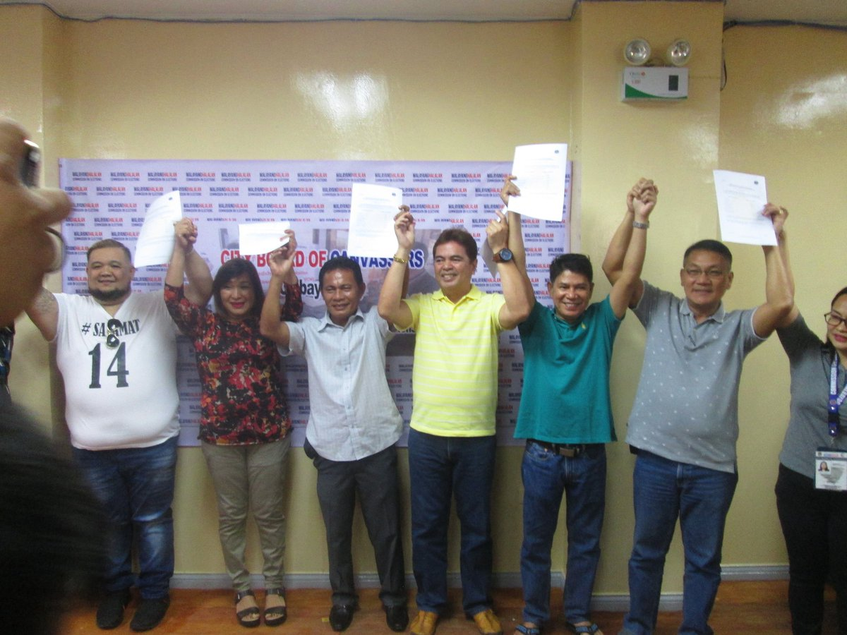 PROCLAIMED. All 6 proclaimed councilors of Calbayog City's 2nd District are candidates of the Liberal Party. Photo by John Sydric Rendeza/Rappler