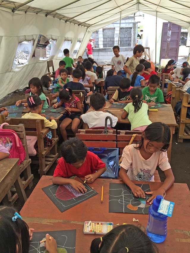 THERAPY. Got Heart Foundation also organizes art therapy sessions for the the children of super typhoon Yolanda survivors.